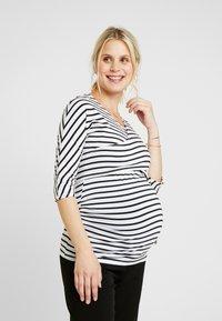 Dorothy Perkins Maternity - BALET WRAP NURSING TOP STRIPE - Topper langermet - navy - 0