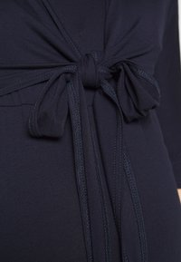 Dorothy Perkins Maternity - PLAIN SLEEVE NURSING BALLET WRAP - Camiseta de manga larga - navy - 5