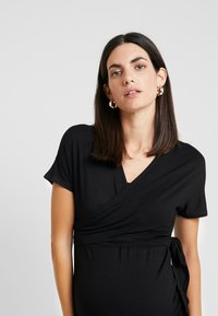 Dorothy Perkins Maternity - BALLET WRAP - Camiseta estampada - black - 3