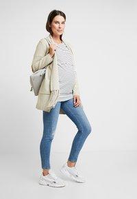 Dorothy Perkins Maternity - LAYERED NURSING STRIPE - T-shirt print - navy - 1
