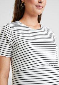 Dorothy Perkins Maternity - LAYERED NURSING STRIPE - T-shirt print - navy - 3