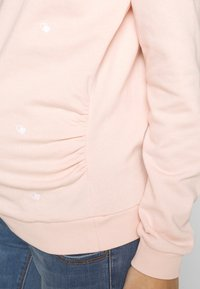 Dorothy Perkins Maternity - EMBROIDERED HOODY - Mikina - blush - 5