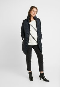 Dorothy Perkins Maternity - SUSTAINABLE LEAD IN LONG PADDED - Cappotto corto - navy - 1