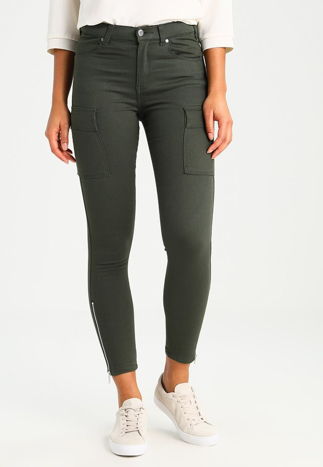 DEZIE  - Jeans Skinny Fit - riot green