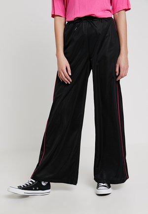 ASTA TROUSERS - Spodnie materiałowe - black