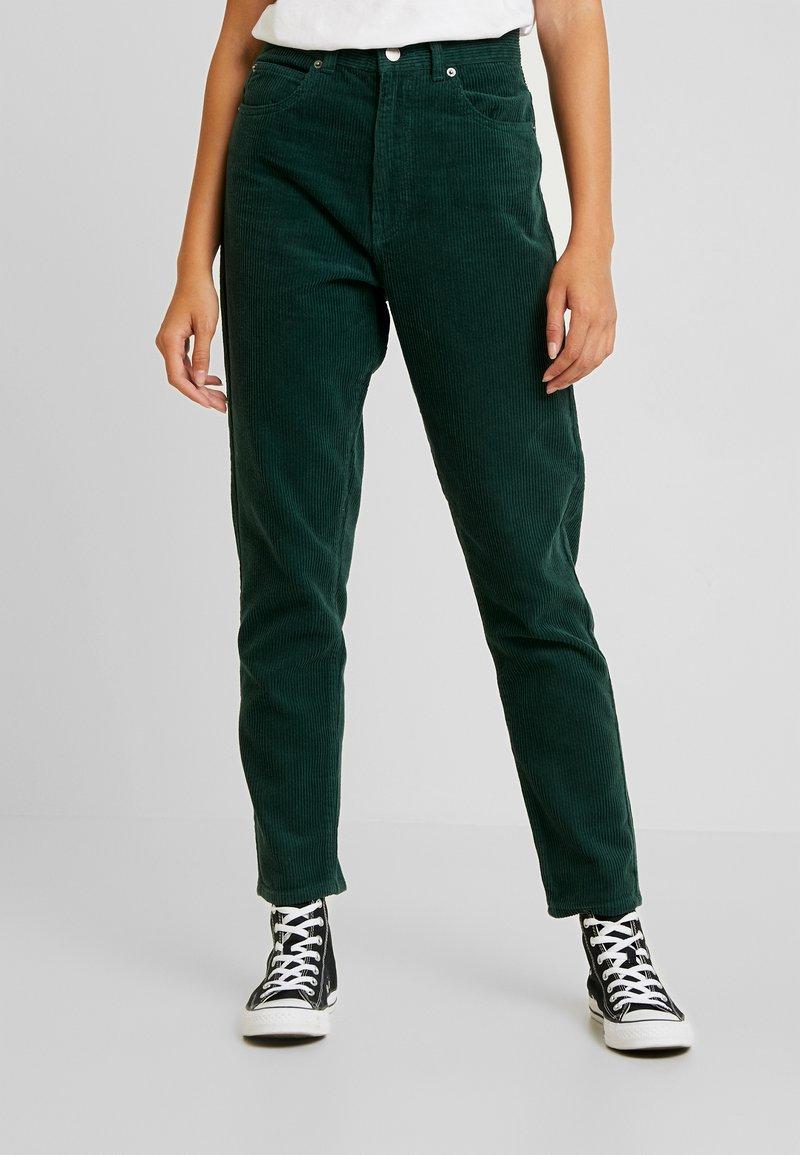 Dr.Denim - NORA - Trousers - deep green