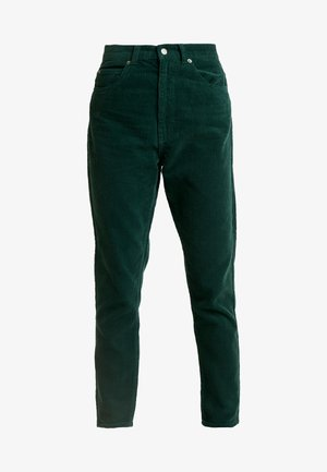 NORA - Pantalones - deep green