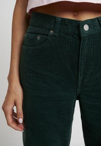 Dr.Denim - JAM - Broek - deep green cord - 5