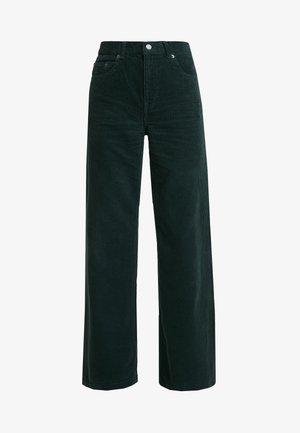 JAM - Pantalones - deep green cord