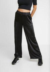 Dr.Denim - BELL TROUSERS - Kalhoty - black - 0