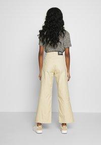 Dr.Denim - TUVA WORKER PANTS - Trousers - desert - 2