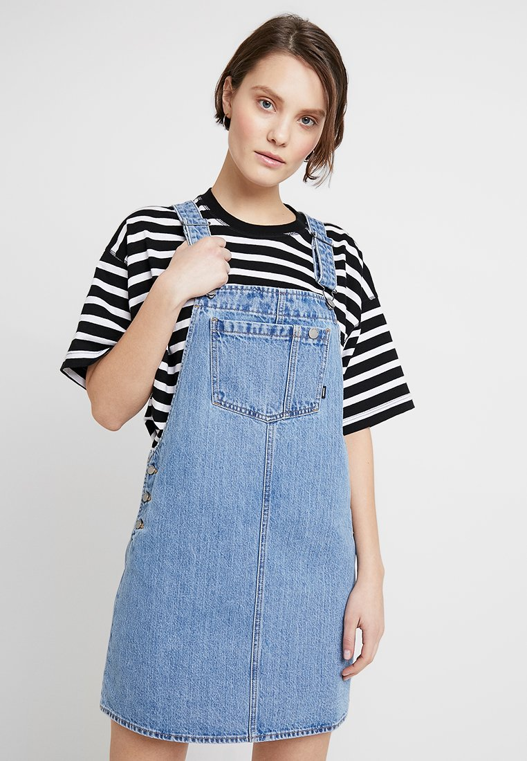 Dr.Denim - EIR DUNGARESS DRESS - Jeanskleid - summer camp blue