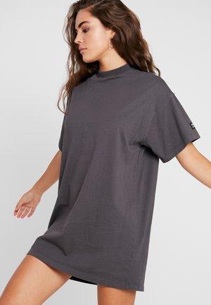 LILL TEE DRESS - Jersey dress - washed dark grey