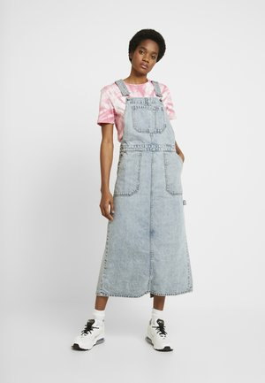 HANAE PINAFORE DRESS - Dongerikjole - downtown blue