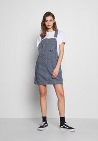 Dr.Denim - MICHIGAN PINAFORE - Denimové šaty - shift workers washed - 1
