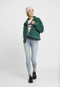 Dr.Denim - PIXLEY JACKET - Vinterjakke - deep green - 1