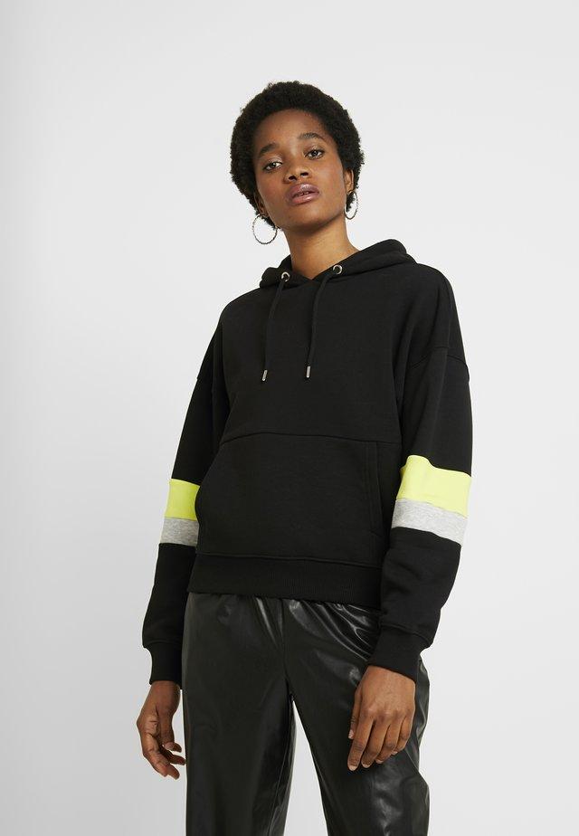 CANADY HOODIE - Bluza z kapturem - black