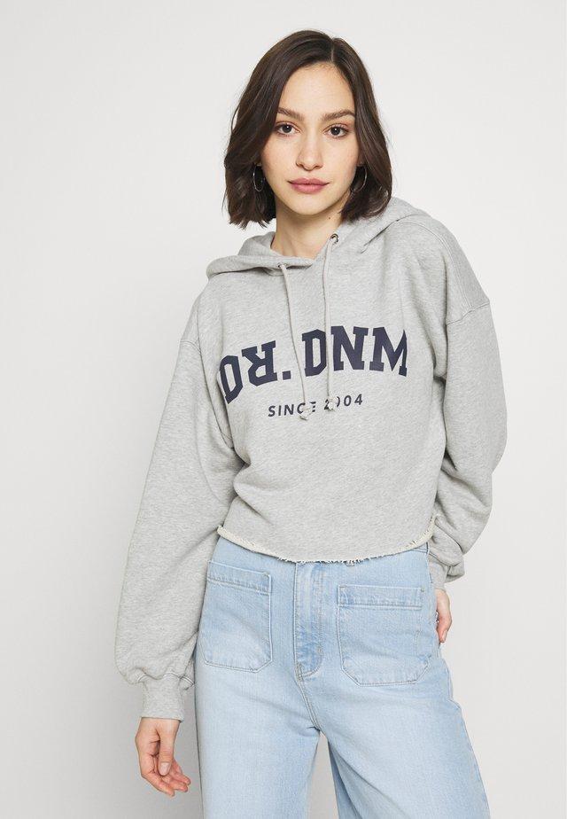 GWEN HOODIE - Bluza z kapturem - grey