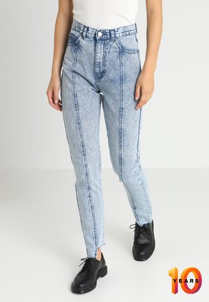 NORA - Relaxed fit jeans - blue split