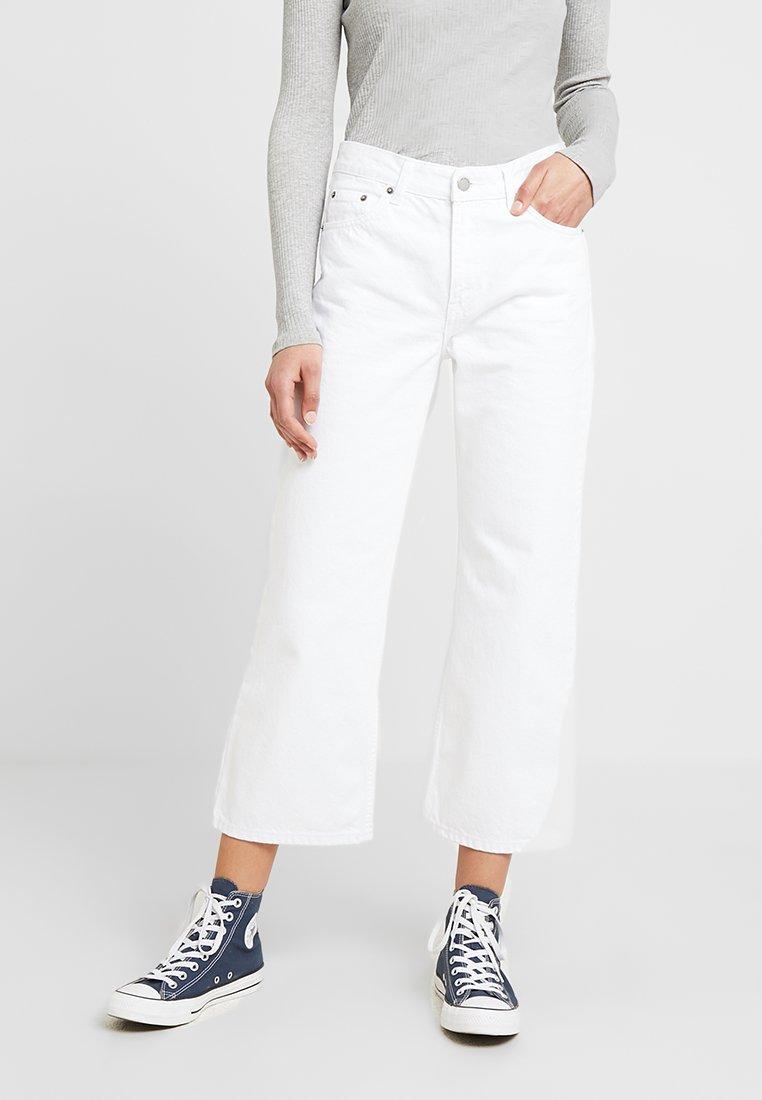 Dr.Denim - CADELL - Flared Jeans - white