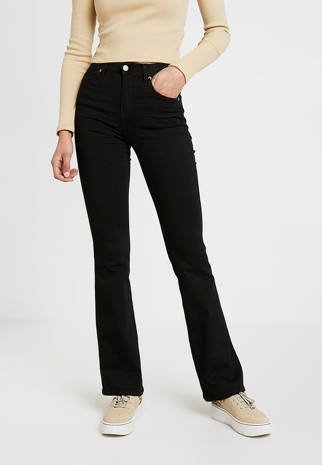 SONIQ - Bootcut jeans - black