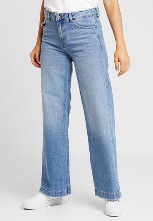 JAM - Flared Jeans - melrose blue