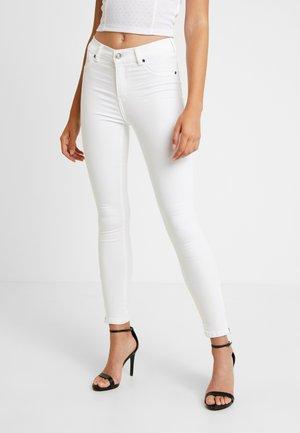 DOMINO - Skinny džíny - white