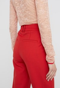 DRYKORN - FIND - Trousers - red - 4