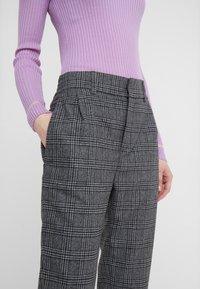DRYKORN - FIND - Pantaloni - grey/black - 4