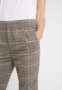 DRYKORN - FIND - Trousers - brown/turquoise - 4
