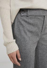 DRYKORN - BEGIN - Bukse - mottled grey - 6