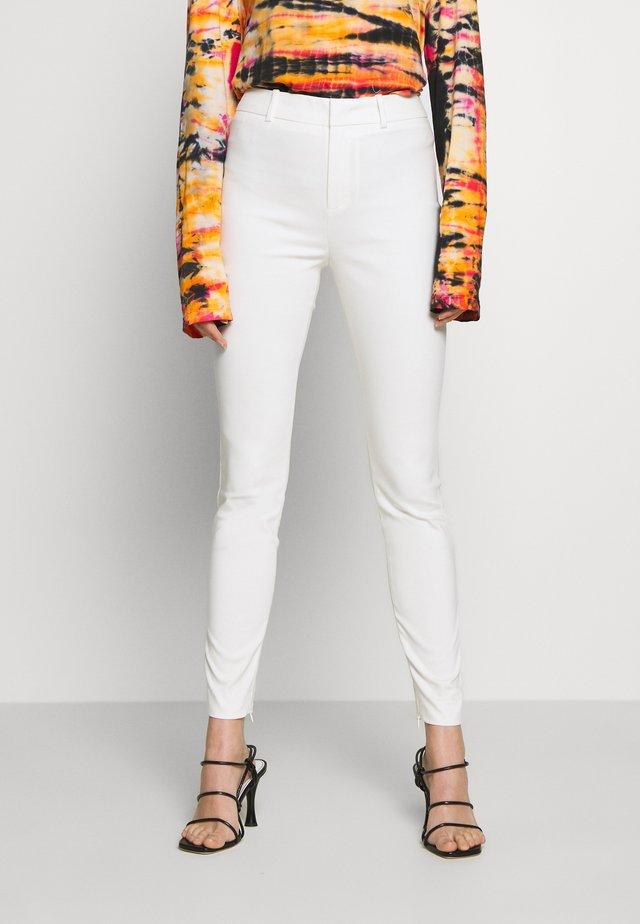 WINCH - Pantaloni - white