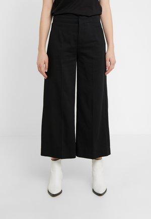 BONNET - Trousers - black