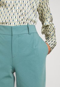 DRYKORN - JOB - Trousers - turquoise - 7