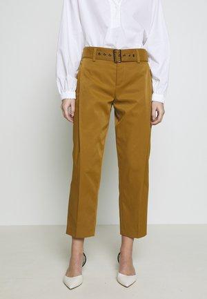 GENTLY - Pantalon classique - mustard
