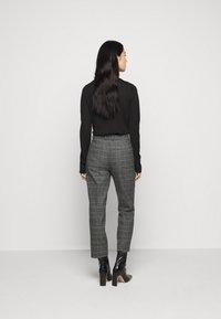 DRYKORN - STUDY - Spodnie materiałowe - grau - 2