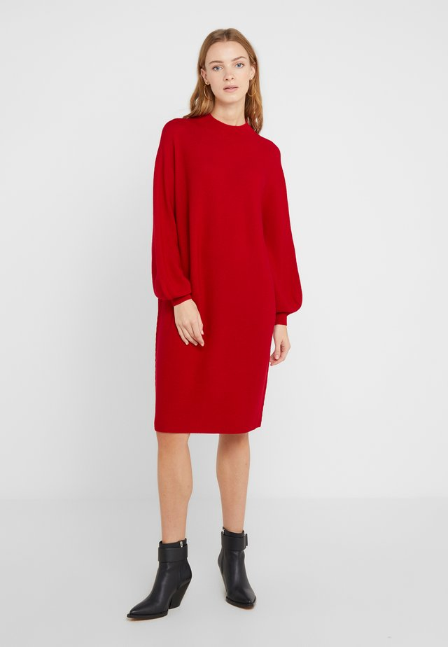 MARISAL - Robe pull - red