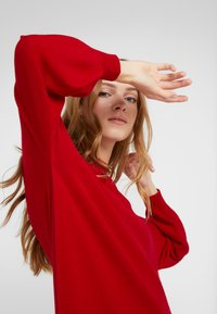 DRYKORN - MARISAL - Robe pull - red - 4