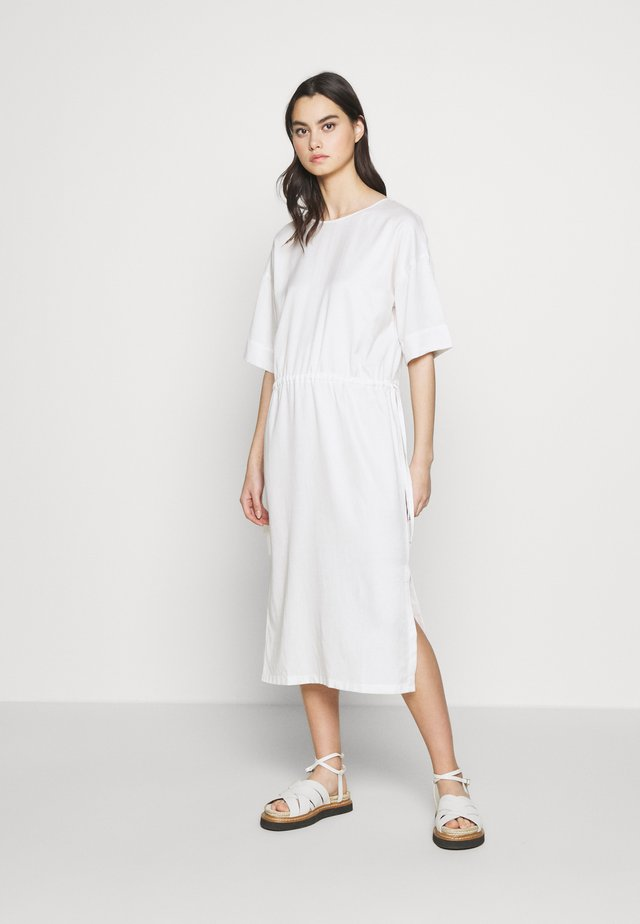 TAMASHA - Korte jurk - ecru