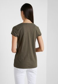 DRYKORN - AVIVI - T-shirt basique - dark khaki - 2