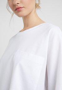 DRYKORN - KAORI - T-shirt à manches longues - white - 5