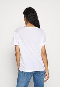 DRYKORN - LARIMA - T-shirt basique - white - 2