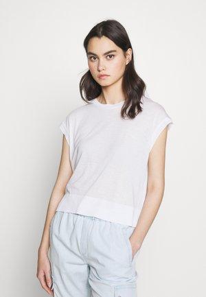 LAKISHA - T-shirt basique - weiss