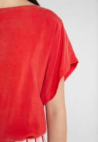DRYKORN - SOMIA - Blouse - red - 5