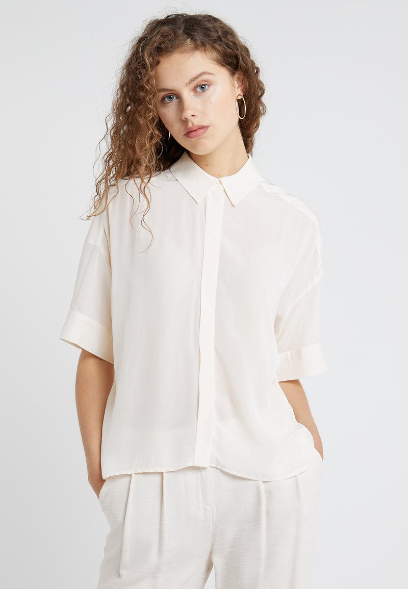 DRYKORN - THERRY - Button-down blouse - creme