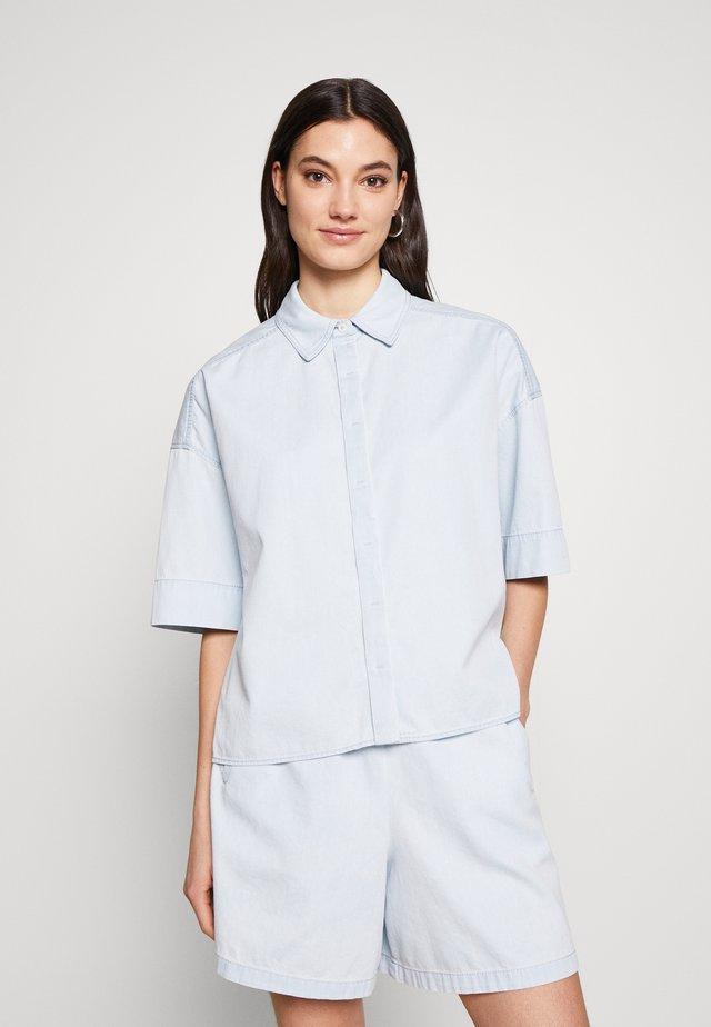 THERRY - Button-down blouse - blau