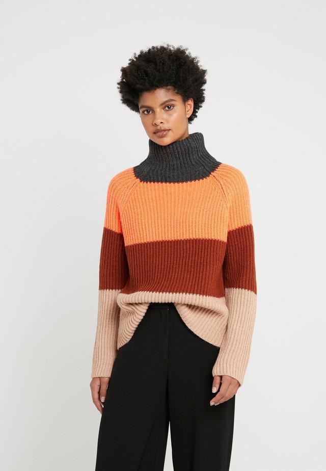 ARWEN - Jumper - orange