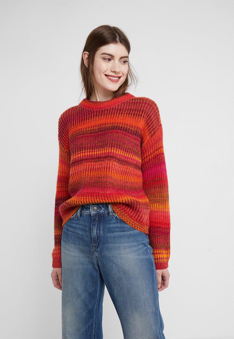 DRYKORN - TIMIRA - Stickad tröja - red/multi