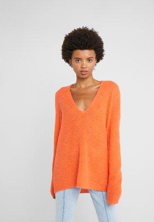 SELEN - Jumper - orange