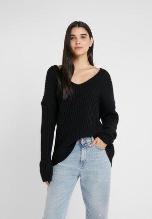 LINNA - Sweter - black